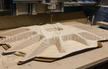 Изготавливается мастермодель корпуса параболической антенны