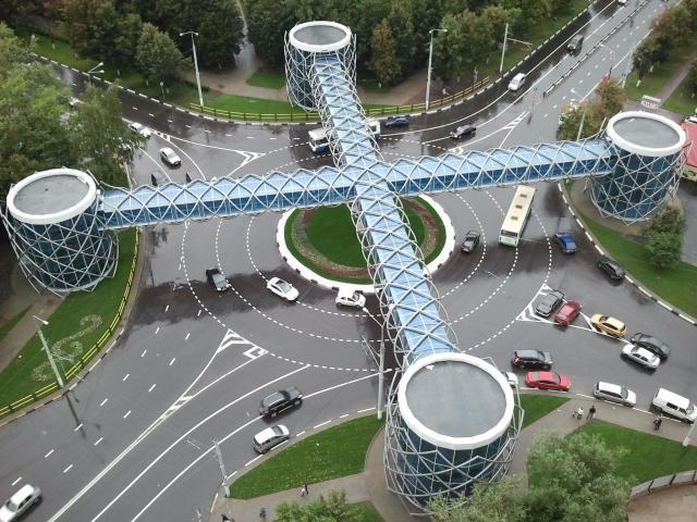 Пешеходный мост в г Химки, построенный при участии ООО «МАСТЕР МОДЕЛЬ»