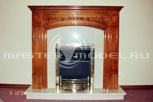 """Портал камина из дуба, установлен в ресторане """"Президент"""" фонда М.С. Горбачёва. 2000 г."""